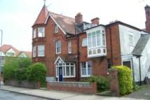 2 bedroom Flat to rent in Queens Road, Felixstowe...