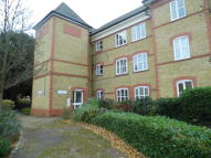 1 bedroom Apartment in Pennington Drive, London...