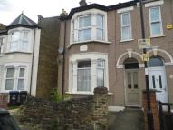 2 bedroom Ground Flat to rent in Uckfield Road, Enfield...