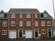 Mews to rent in Blackberry Drive...