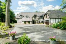 5 bed Detached property for sale in Larch Avenue, Ascot...