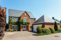 5 bed Detached house in Sandy Lane...