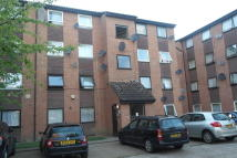 Flat in Gurney Close, Barking...