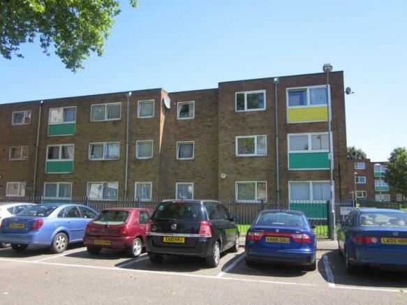 property for sale rent investment uk overseas properties