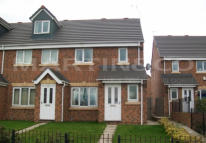 Mews to rent in Gresty Road, Crewe