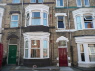 Flat to rent in Garnet Street...