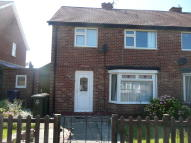 3 bedroom semi detached property to rent in School Close...