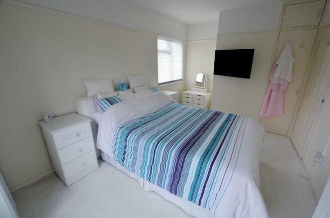 Bedroom main.jpg