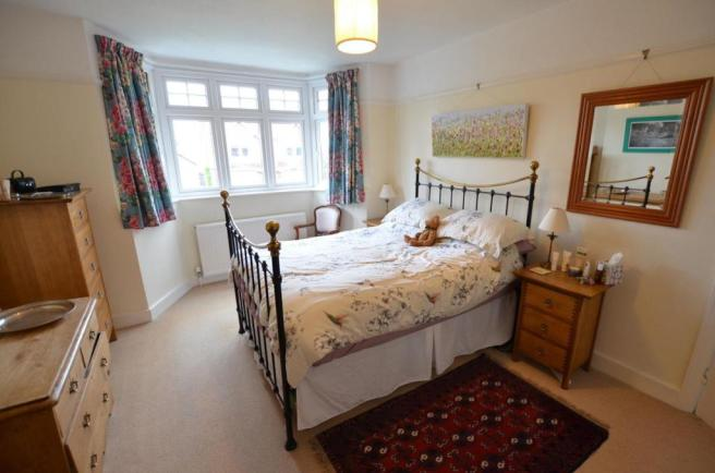Bedroom 1a.jpg