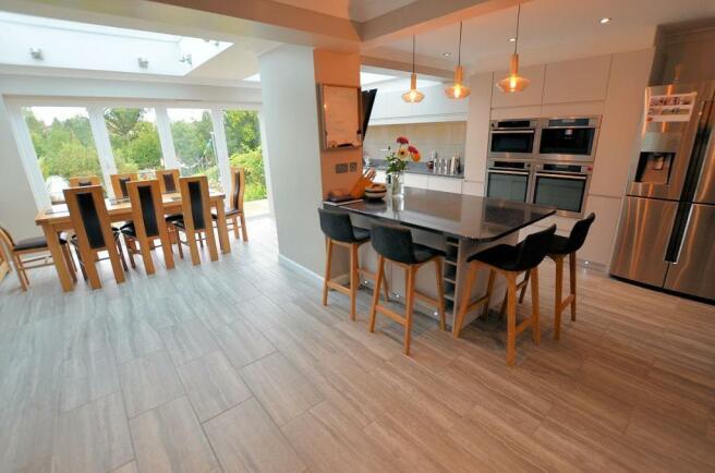 Kitchen-living area main.jpg