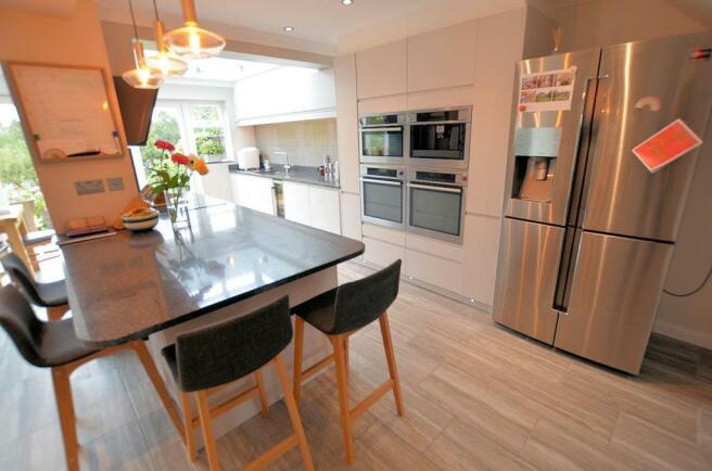Kitchen-living area 4.jpg