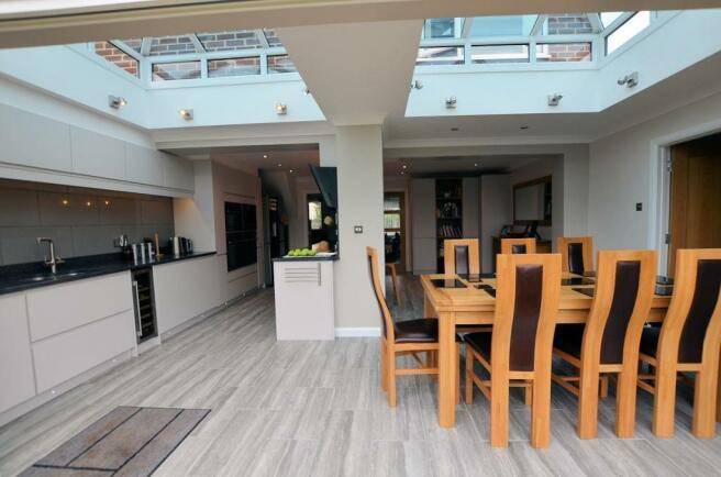 Kitchen-living area 5.jpg