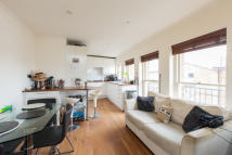 Flat for sale in Hillgate Place...