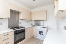 2 bed Ground Flat to rent in Dagnan Road...