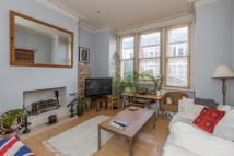 property to rent in Hazelbourne Road, Clapham South, London, SW12