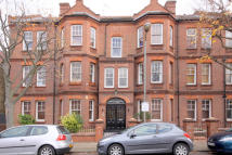 2 bedroom Flat in Marius Road, Balham...