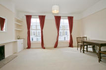 2 bed Flat in Fernlea Road, Balham...