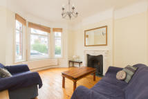 4 bed Terraced home to rent in Cavendish Road...