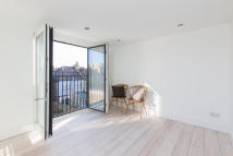 3 bed Terraced home in Blandfield Road, London...