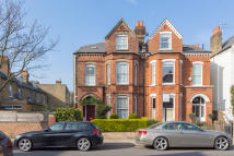 6 bed End of Terrace property for sale in Malwood Road...