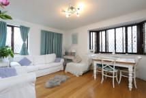 2 bedroom Flat in Cavendish Road...