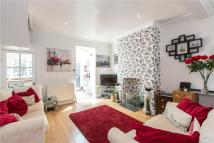 2 bedroom Terraced house in Verran Road, Balham...