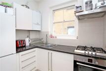 2 bedroom Flat in Old Devonshire Road...
