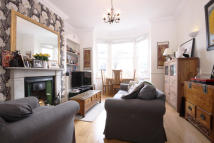 Ryde Vale Road End of Terrace house to rent
