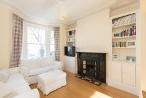 Ground Flat for sale in Nansen Road, Battersea...