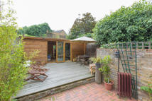 Flat for sale in Fitzwilliam Road...