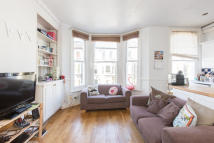 Flat to rent in St. Luke`s Avenue...