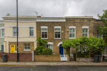 2 bed Terraced house in Ferndale Road, London...