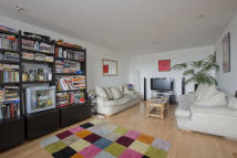 New Park Road Flat to rent
