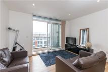 Flat to rent in 3 Cornell Square...
