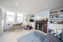 Stirling Road Flat to rent