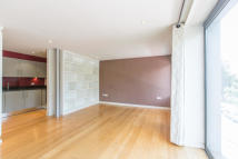 1 bed Apartment in Trinity Road...