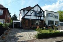 4 bed Detached home to rent in Shelley Grove, Loughton