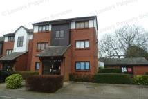 1 bedroom Flat in Maple Gate, Loughton