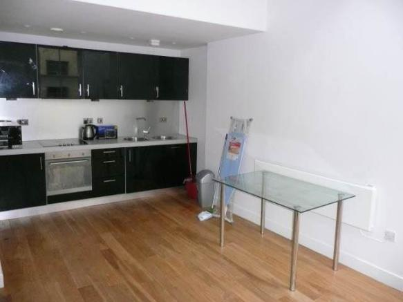 Jitchen/Dining Area