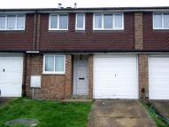 3 bed Terraced home in Hannards Way, HAINAULT...