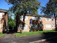 Flat to rent in Chawn Hill Close...