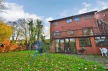 3 bedroom Detached property in Rockmount Gardens...