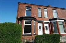 2 bedroom End of Terrace house to rent in Richmond Avenue, Urmston...