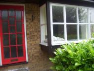 1 bed Studio flat in Cambrian Green Colindale...