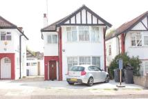 5 bed semi detached home in HENDALE AVENUE, HENDON...