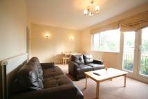 3 bedroom Flat in ASHLEY COURT...