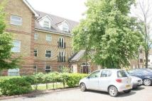 Flat to rent in WILSHAW COURT...