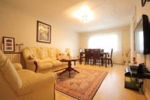 Flat in WHEATLEY CLOSE, HENDON...