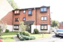 2 bed Flat in WHEATLEY CLOSE, HENDON...