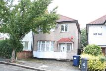 3 bedroom semi detached property to rent in PARK VIEW GARDENS...